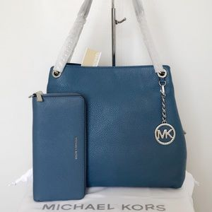 NWT Michael Kors Jet Set Chain Tote & Wallet